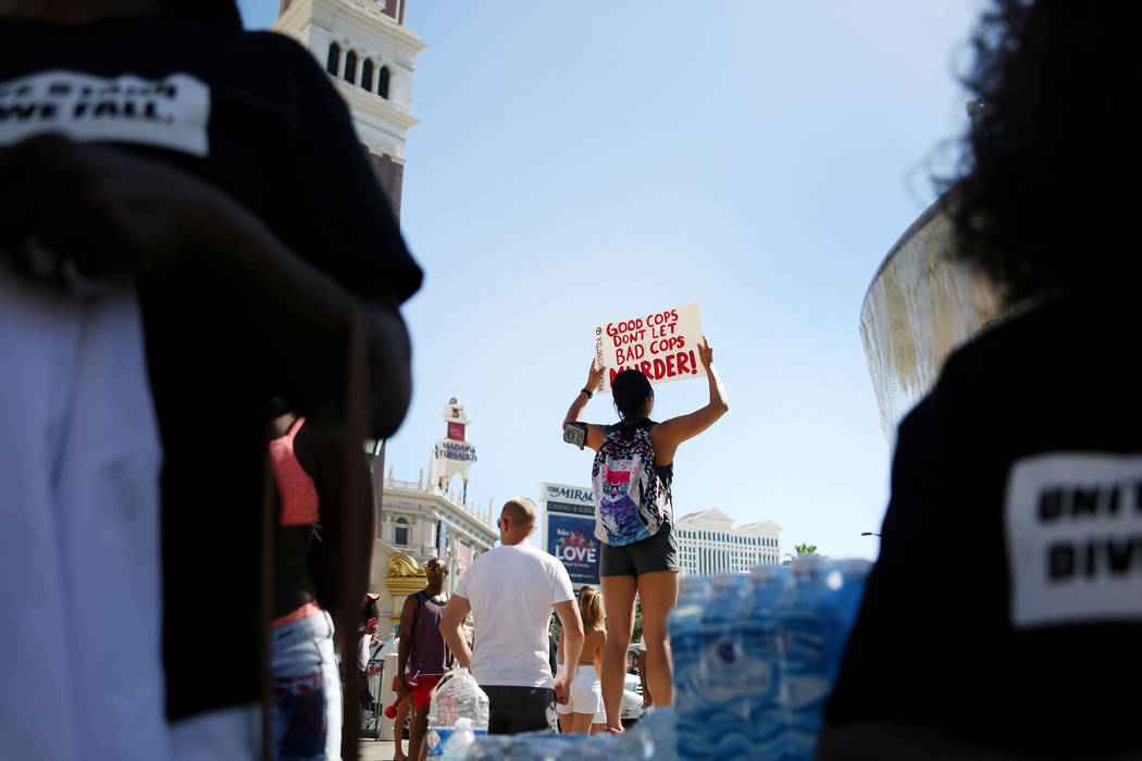Protesters in front of The Venetian to protest the police involved death of Tashii Brown in Las Vegas, Sunday, May 28, 2017.  Elizabeth Brumley/Las Vegas Review-Journal