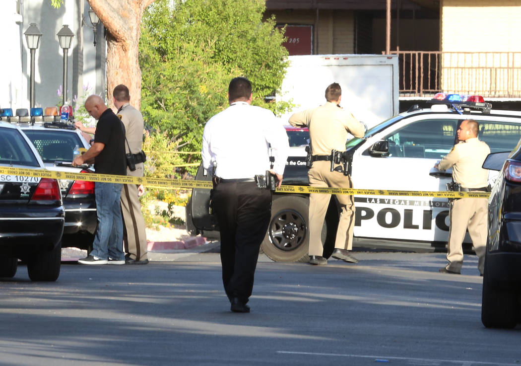 Las Vegas police are investigating a homicide at 3825 S. Maryland Parkway early Wednesday May 31, 2017, in Las Vegas.  (Bizuayehu Tesfaye Las Vegas Review-Journal) @bizutesfaye