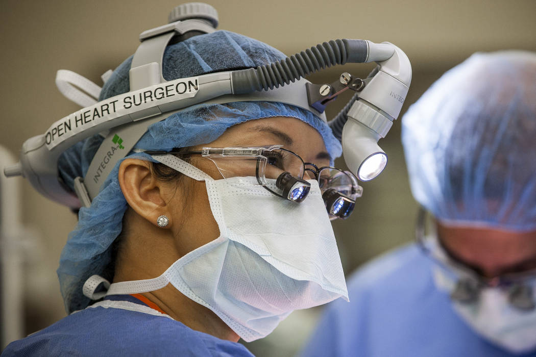 Umc Doctor Is Nevada S Sole Female Cardiothoracic Surgeon Las Vegas Review Journal