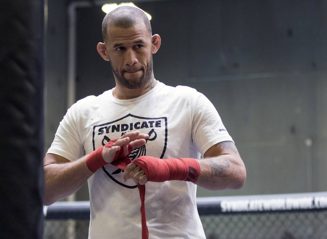 UFC middleweight Eric Spicely wraps his hands before training at Syndicate MMA in Las Vegas on Wednesday, May 24, 2017. Heidi Fang/Las Vegas Review-Journal @HeidiFang