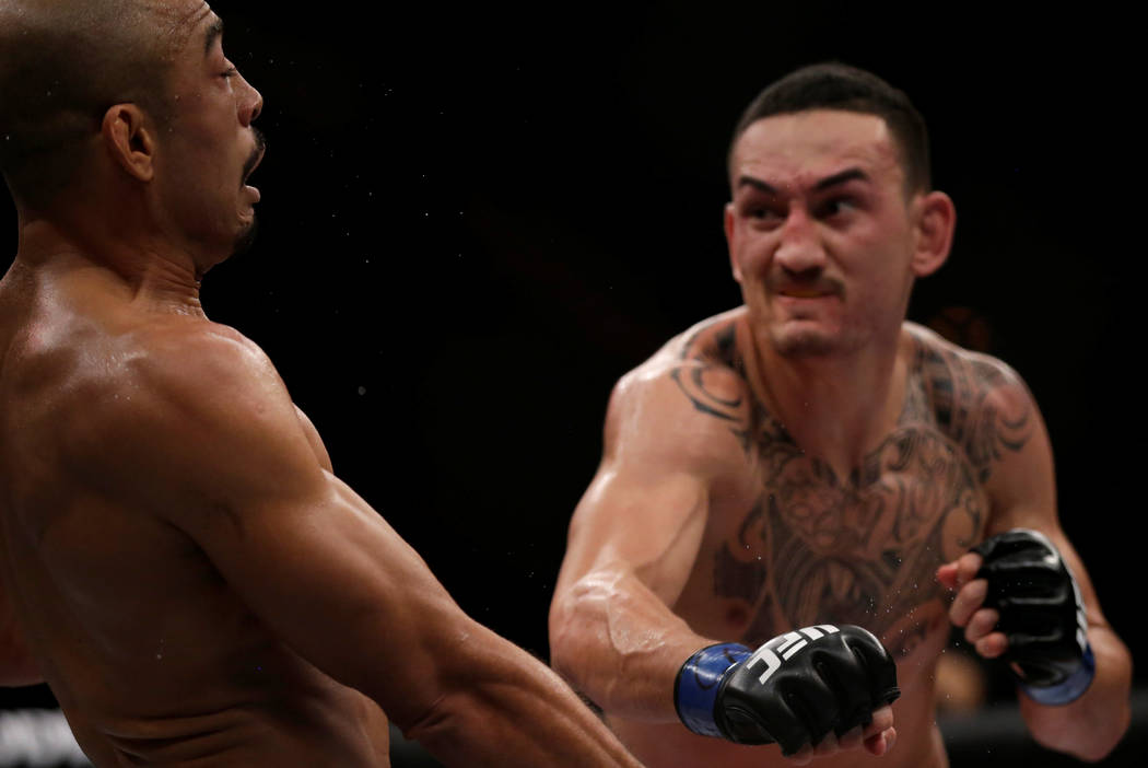 MMA - Mixed Martial Arts -  UFC 212 - Jeunesse Arena, Rio de Janeiro, Brazil - 3/6/17 - Jose Aldo (L) of Brazil and Max Holloway of US in action. REUTERS/Ricardo Moraes