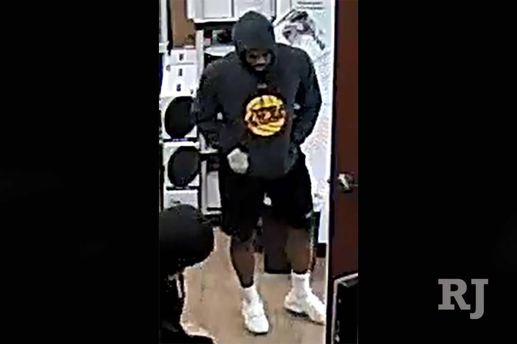 Las Vegas police are looking for this suspect in the robbery of a cellphone store on Monday evening, June 5, 2017. (Las Vegas Metropolitan Police Department)