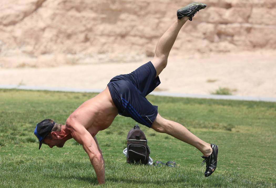 Ben Weaver of Las Vegas exercises at Charlie Fraise Park Tuesday, June 6, 2017, in Las Vegas. (Bizuayehu Tesfaye/Las Vegas Review-Journal) @bizutesfaye