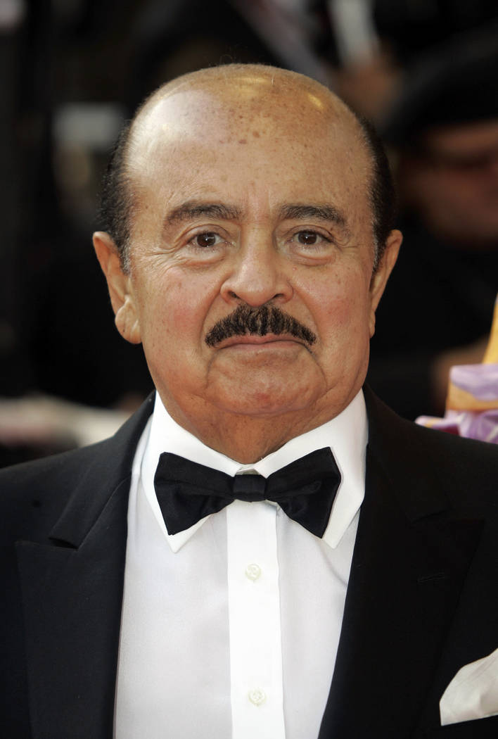 """Adnan Khashoggi arrives at the opening night ceremony and premiere of the film """"Blindness"""" during the 61st International film festival in Cannes, southern France, May 14, 2008. Khashoggi has died. ..."""