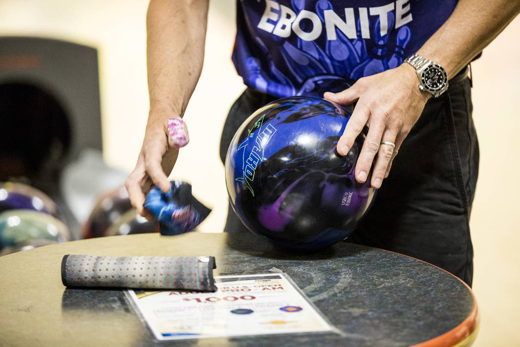 Amleto Monacelli prepares his ball while practicing for the Suncoast PBA Senior U.S. Open at the Suncoast Bowling Center on Sunday, June 11, 2017.  Patrick Connolly Las Vegas Review-Journal @PConnPie