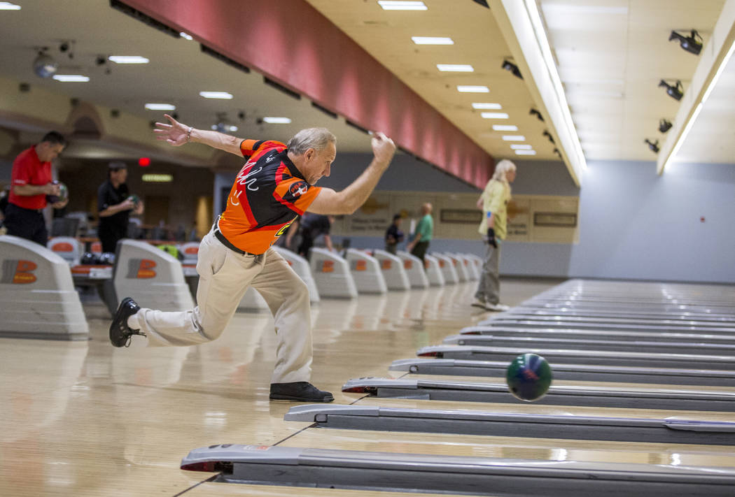 Ron Mohr practices for the Suncoast PBA Senior U.S. Open at the Suncoast Bowling Center on Sunday, June 11, 2017.  Patrick Connolly Las Vegas Review-Journal @PConnPie