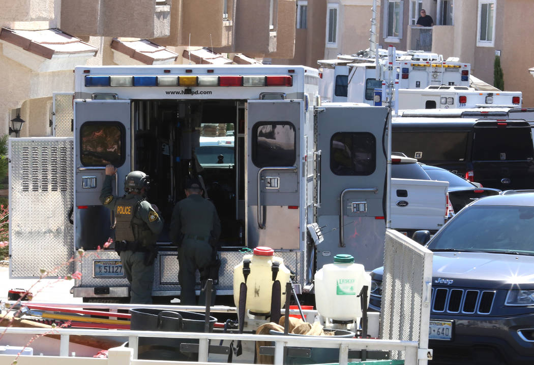 Las Vegas police are investigating a barricade situation on 8600 Tom Noon Ave., in Las Vegas on Tuesday, June 13, 2017, in Las Vegas. Bizuayehu Tesfaye/Las Vegas Review-Journal @bizutesfaye