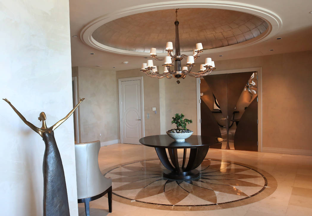The entrance to a penthouse at Turnberry Place on 2777 Paradise Rd., on Wednesday, June 14, 2017, in Las Vegas. Bizuayehu Tesfaye/Las Vegas Review-Journal @bizutesfaye