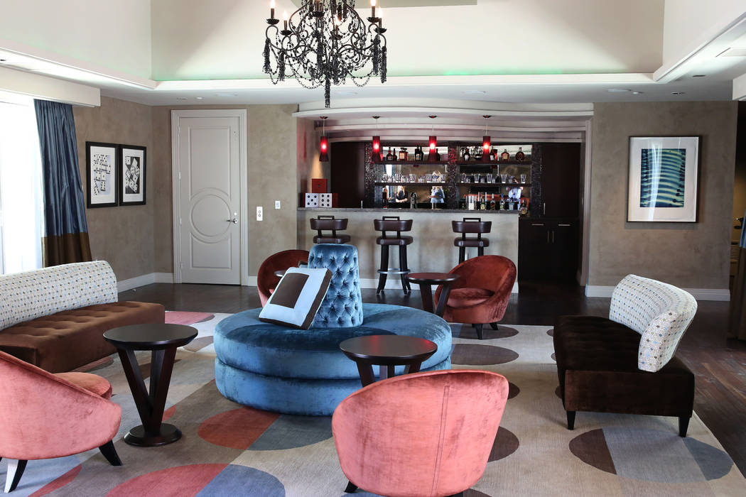 A bar and a game room on the upper level of a penthouse at Turnberry Place on 2777 Paradise Rd., on Wednesday, June 14, 2017, in Las Vegas. Bizuayehu Tesfaye/Las Vegas Review-Journal @bizutesfaye