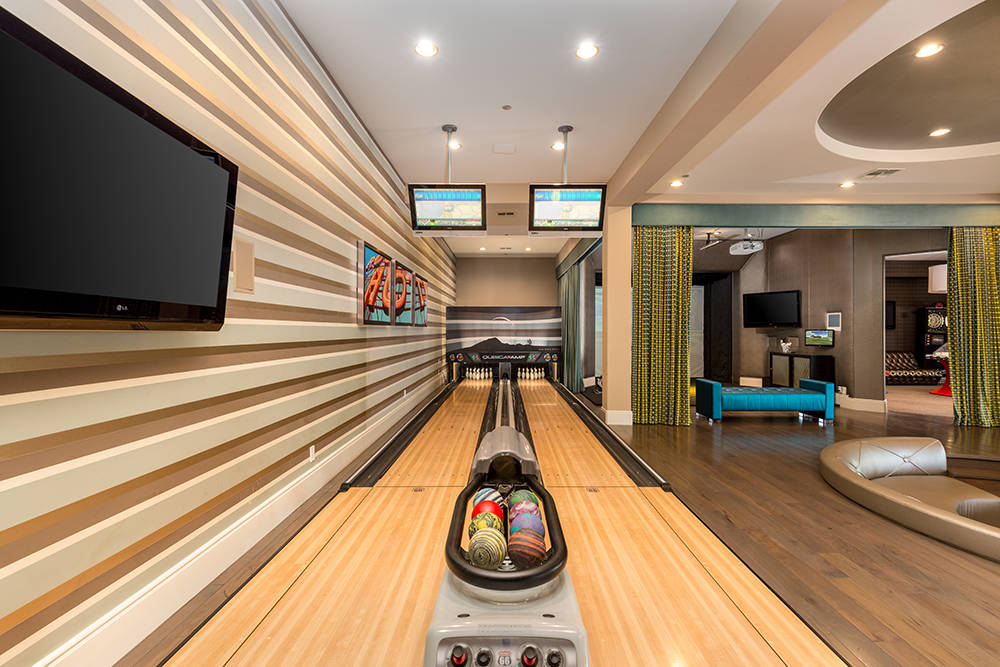 The bowling alley. (Luxury Estates International)