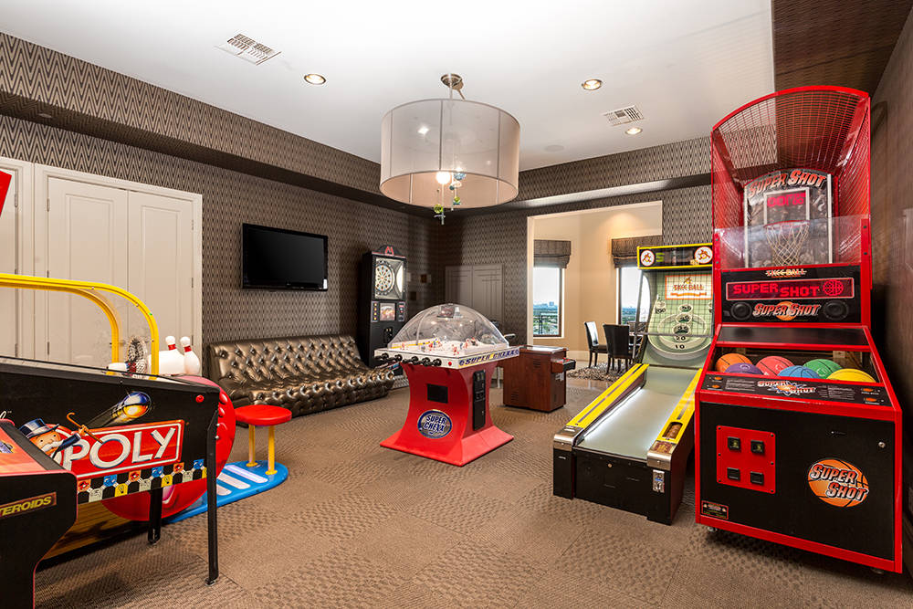 The arcade. (Luxury Estates International)
