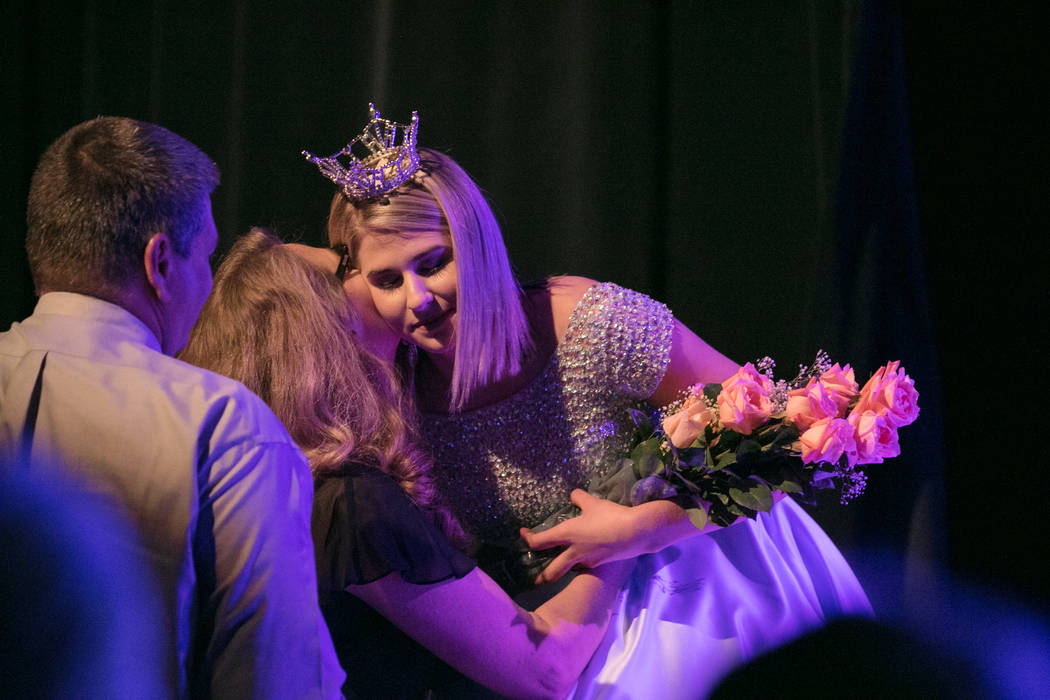 Miss Nevada Outstanding Teen 2016 Heather Renner particpates with her family in a farewell title ceremony at the 2017 Miss Nevada pageant at Tropicana hotel-casino on Friday, June 16, 2017, in Las ...