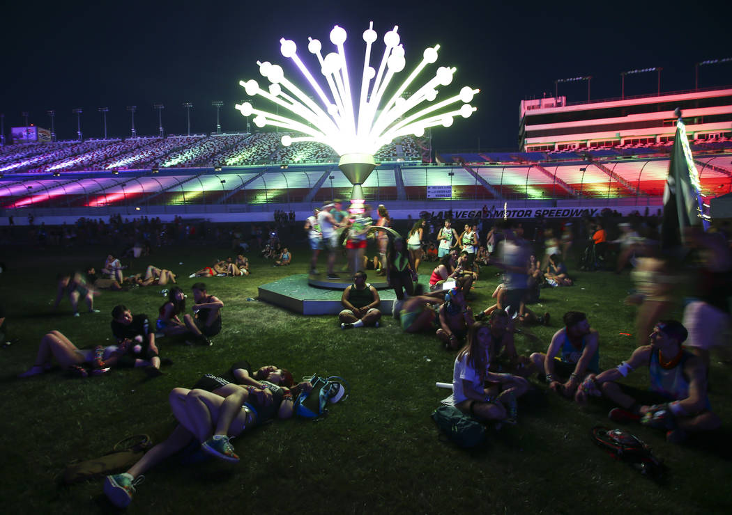 Fans relax during the first day of the Electric Daisy Carnival at the Las Vegas Motor Speedway on Saturday, June 17, 2017. Chase Stevens Las Vegas Review-Journal @csstevensphoto
