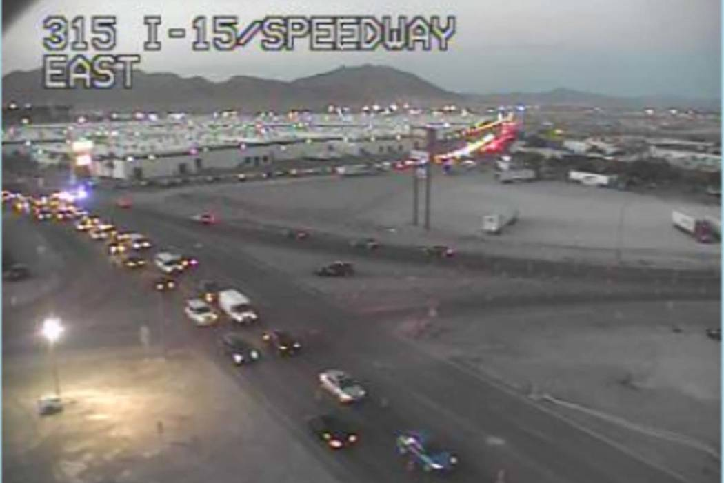 Southbound I15 Traffic Slow As Edc Ends At Las Vegas Speedway Las Vegas Review Journal