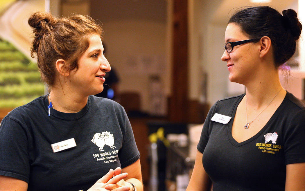 Egg Works employees Nataline Kanounian, left, and Sara Verrett discuss their duties for the day, Tuesday, June 20, 2017. Gabriella Benavidez Las Vegas Review-Journal @latina_ish