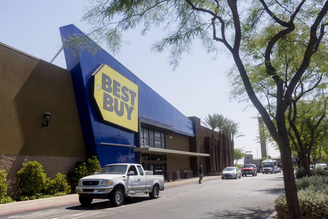 Best Buy in Arroyo Market Square in Las Vegas, Wednesday, June 21, 2017. Elizabeth Brumley Las Vegas Review-Journal