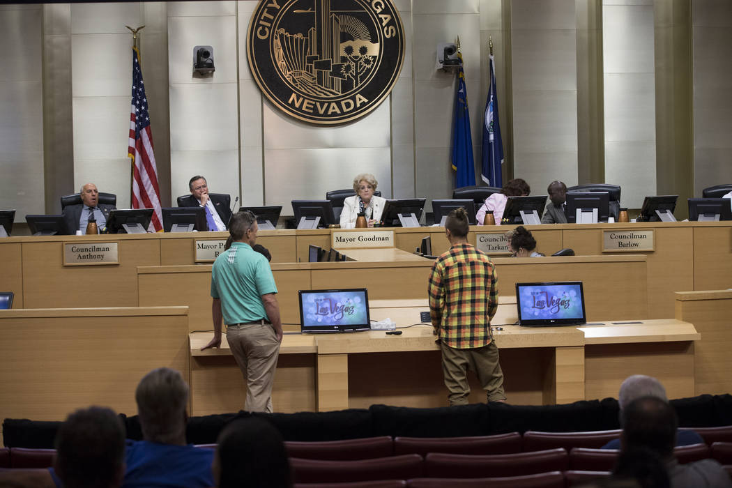 A city council meeting during a discussion of short-term rentals at Las Vegas City Hall on Wednesday, June 21, 2017, in Las Vegas. Erik Verduzco/Las Vegas Review-Journal