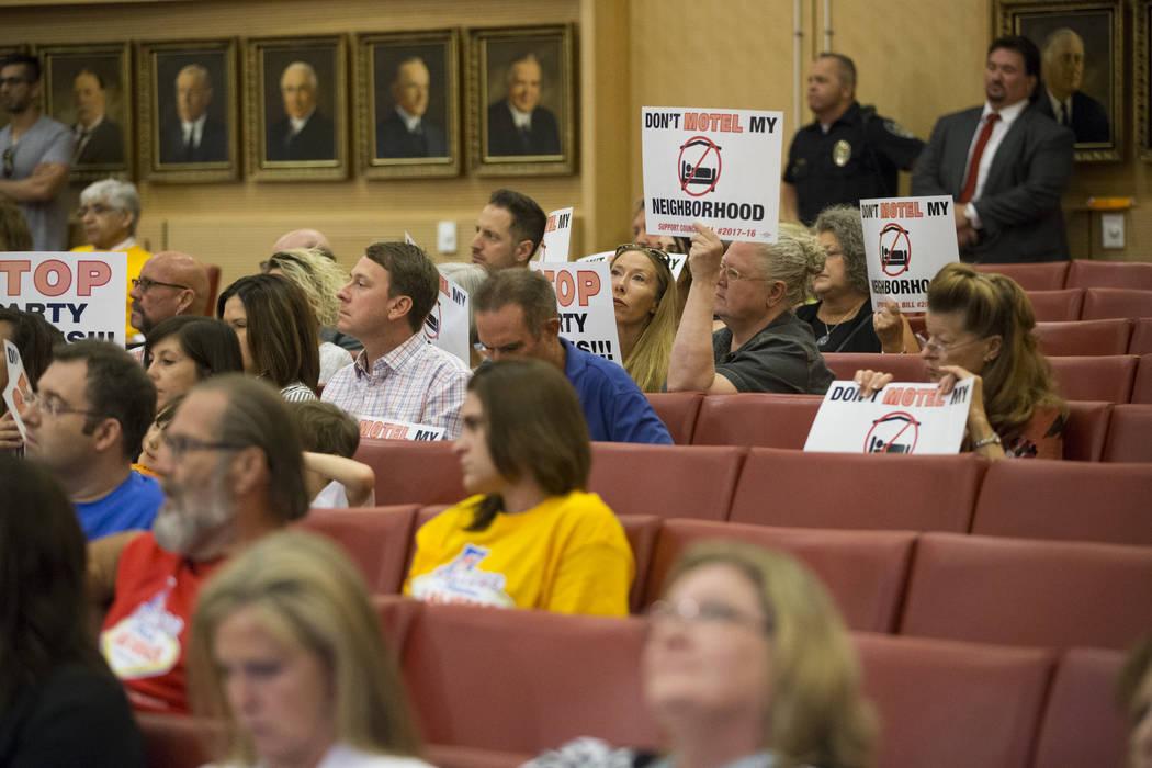 Attendees during a city council meeting discussing short-term rentals at Las Vegas City Hall on Wednesday, June 21, 2017, in Las Vegas. Erik Verduzco/Las Vegas Review-Journal
