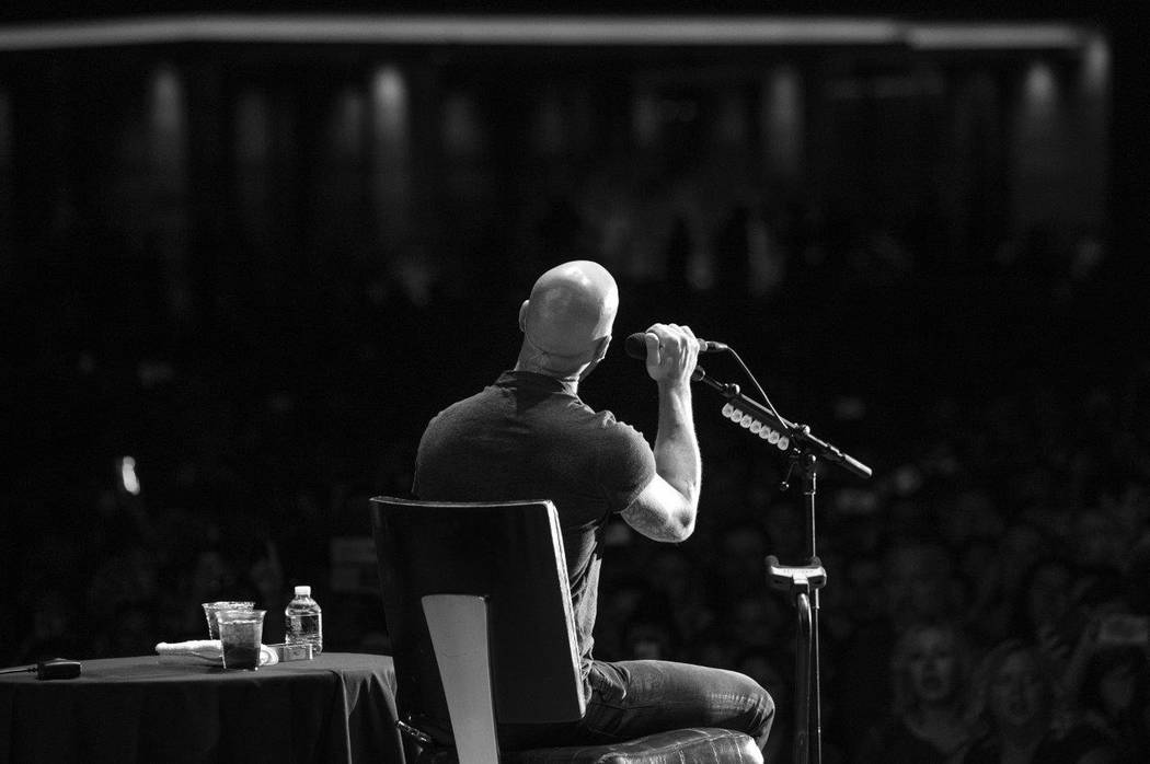 Chris Daughtry performed at a M casino resort pool concert for more than a 6,000 fans. (Tom Donoghue)