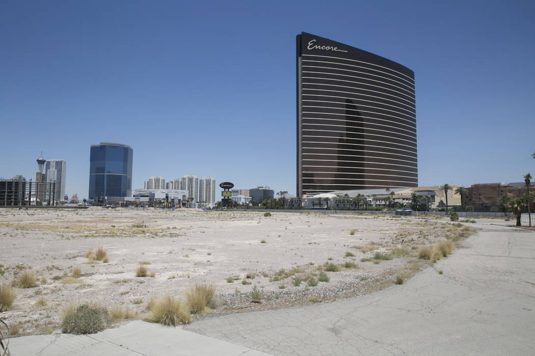 The site of the never-built Alon casino-resort, seen at the corner of Las Vegas Boulevard and Fashion Show Drive in Las Vegas, Thursday, June 22, 2017. (Gabriella Angotti-Jones/Las Vegas Review-Jo ...