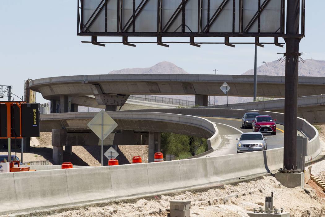 Traffic merges onto northbound U.S. Highway 95 near Martin Luther King Boulevard in Las Vegas on Saturday, June 17, 2017. Richard Brian Las Vegas Review-Journal @vegasphotograph