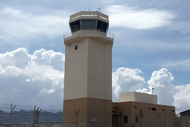 Henderson Executive Airport air traffic control tower. (Keith Rogers/Las Vegas Review-Journal)