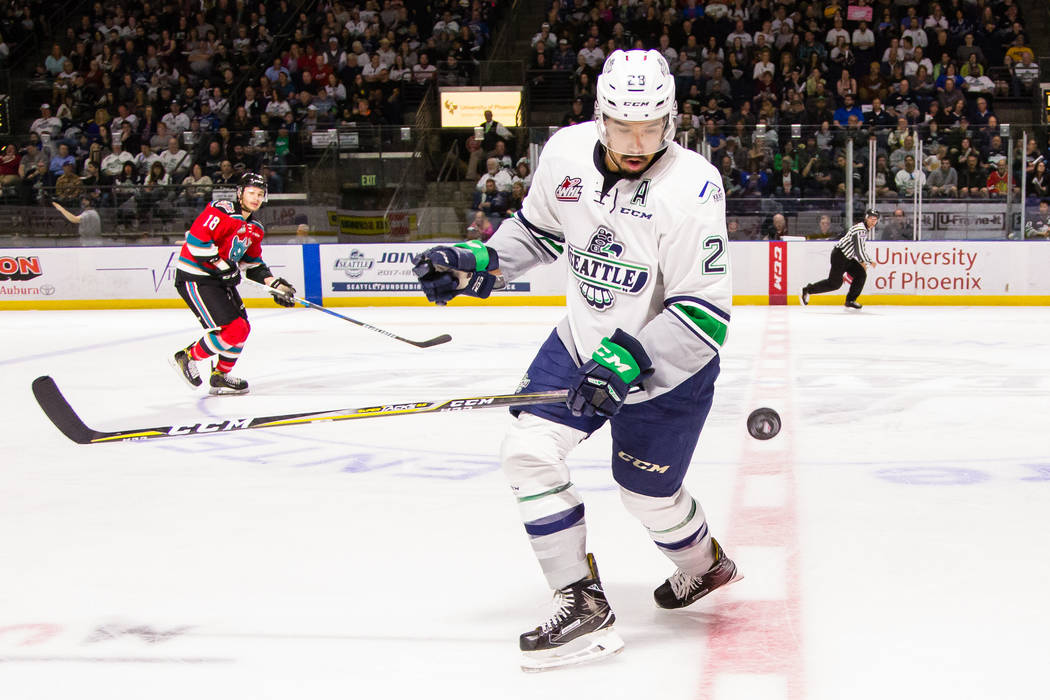 Seattle Thunderbirds forward Keegan Kolesar (28) tracks the puck in the air against the Kelowna Rockets during Game 5 of the Western Hockey League Western Conference Finals on Friday, Apr. 28, 201 ...