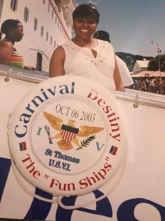 Undated photo of Sandra Deanes (Facebook/Taron Walker)