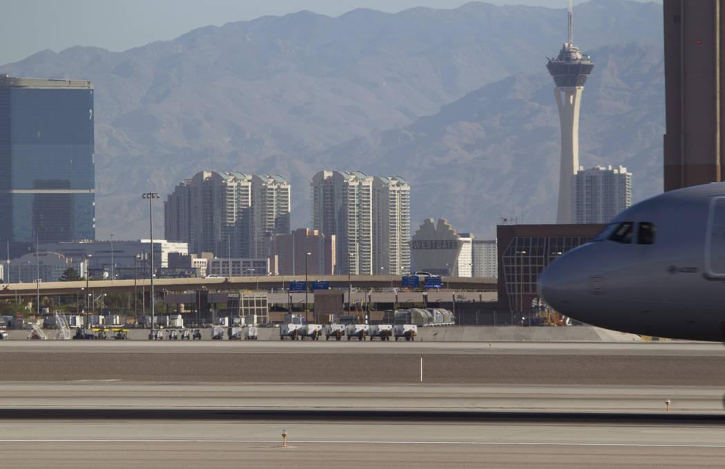 A plane lands at McCarran International Airport in Las Vegas on Wednesday, June 28, 2017. Richard Brian Las Vegas Review-Journal @vegasphotograph