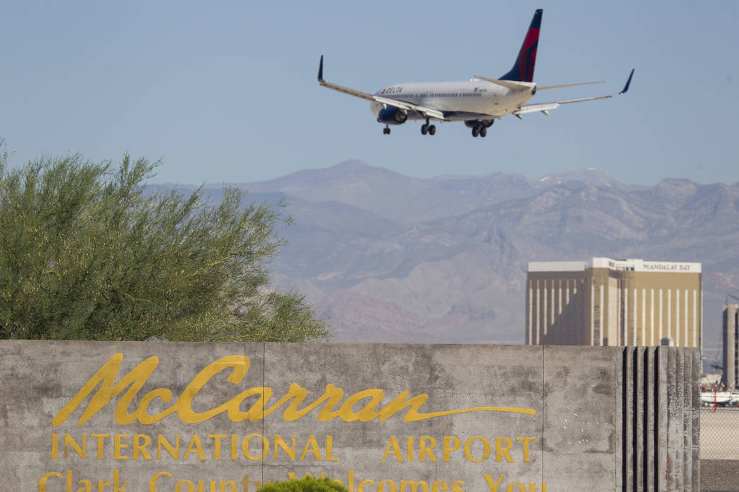A Delta Airlines jetliner makes its approach to McCarran International Airport in Las Vegas on Wednesday, June 28, 2017. Richard Brian Las Vegas Review-Journal @vegasphotograph