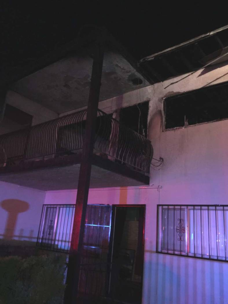 7 displaced, child hospitalized after las vegas apartment fire