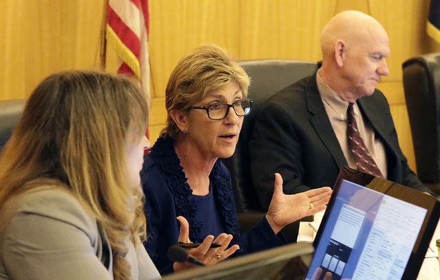 Commissioner Chris Giunchigliani, center, speaks during a Clark County Commission meeting Tuesday, Nov. 15, 2016. (Bizuayehu Tesfaye/Las Vegas Review-Journal Follow @bizutesfaye)