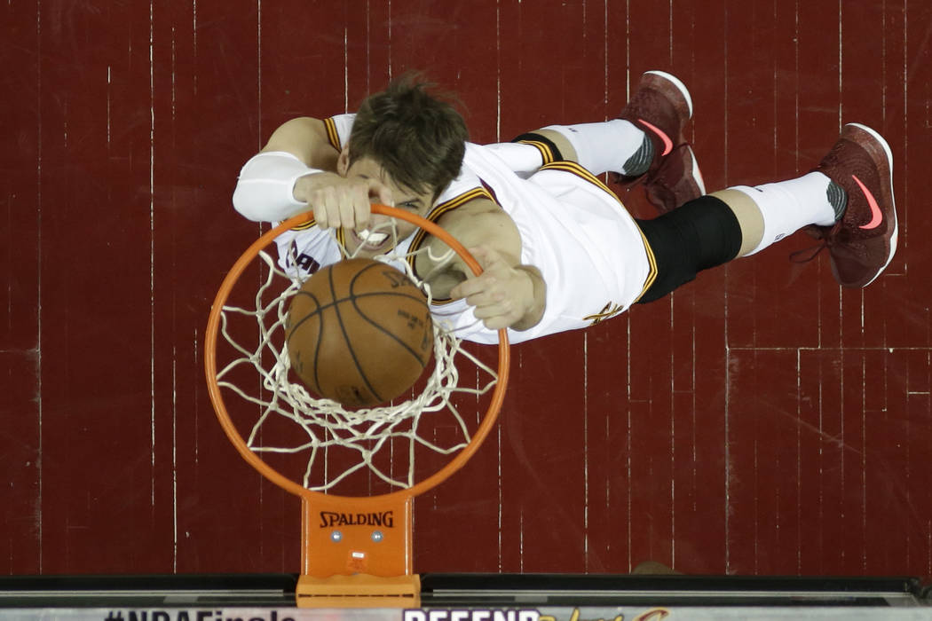 promo code 29c83 8dd8d Cavs to make offer to keep forward Kyle Korver, AP source ...