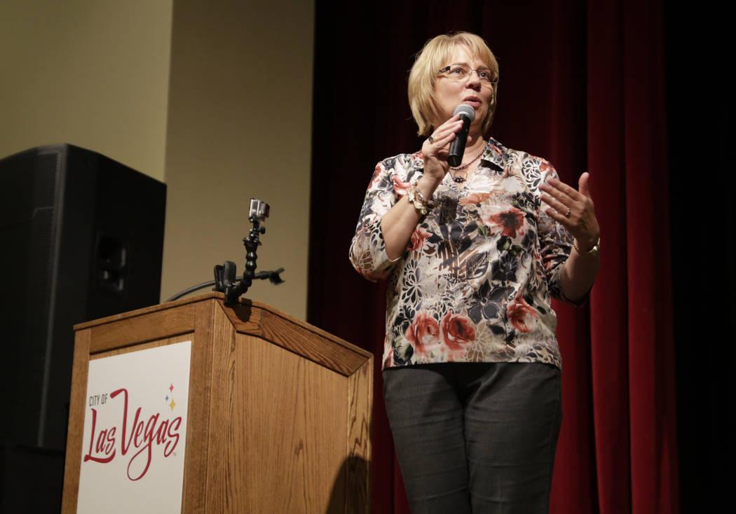 Pat Richards, Mistress of Ceremony, speaks at the Historic Fifth Street School in Las Vegas, Saturday,July 8, 2017.  (Gabriella Angotti-Jones Las Vegas Review-Journal @gabriellaangojo)