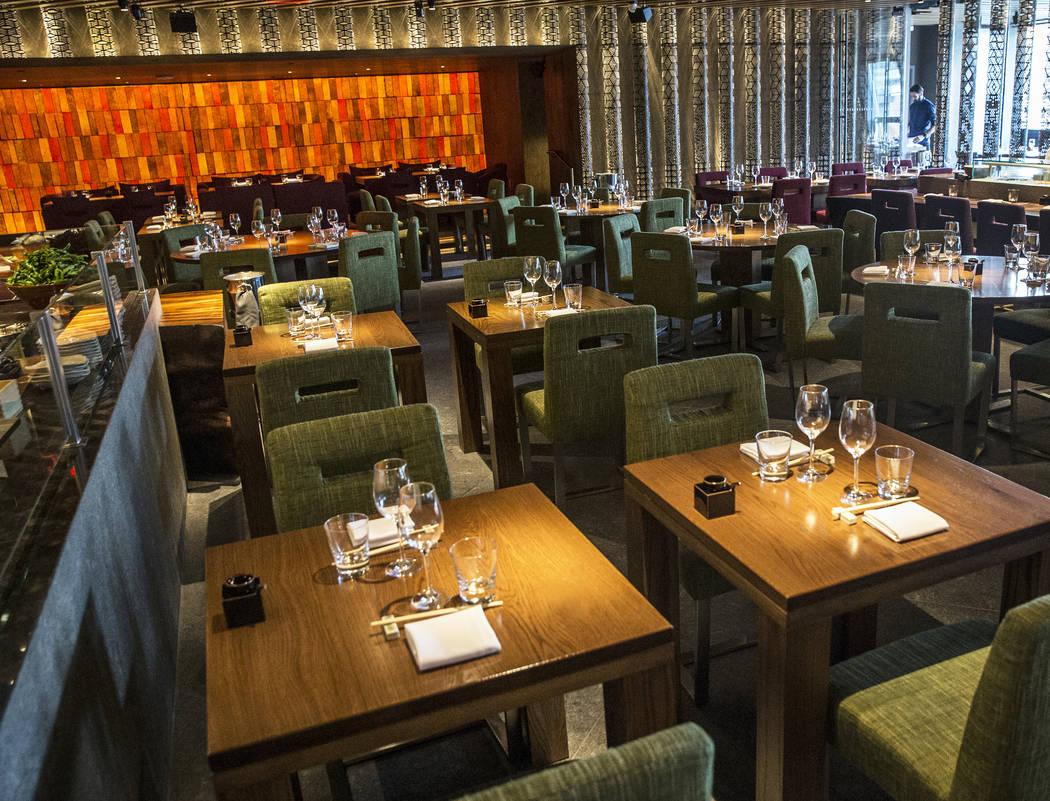 The dining room at Zuma at The Cosmopolitan Las Vegas. (Benjamin Hager/Las Vegas Review-Journal) @benjaminhphoto