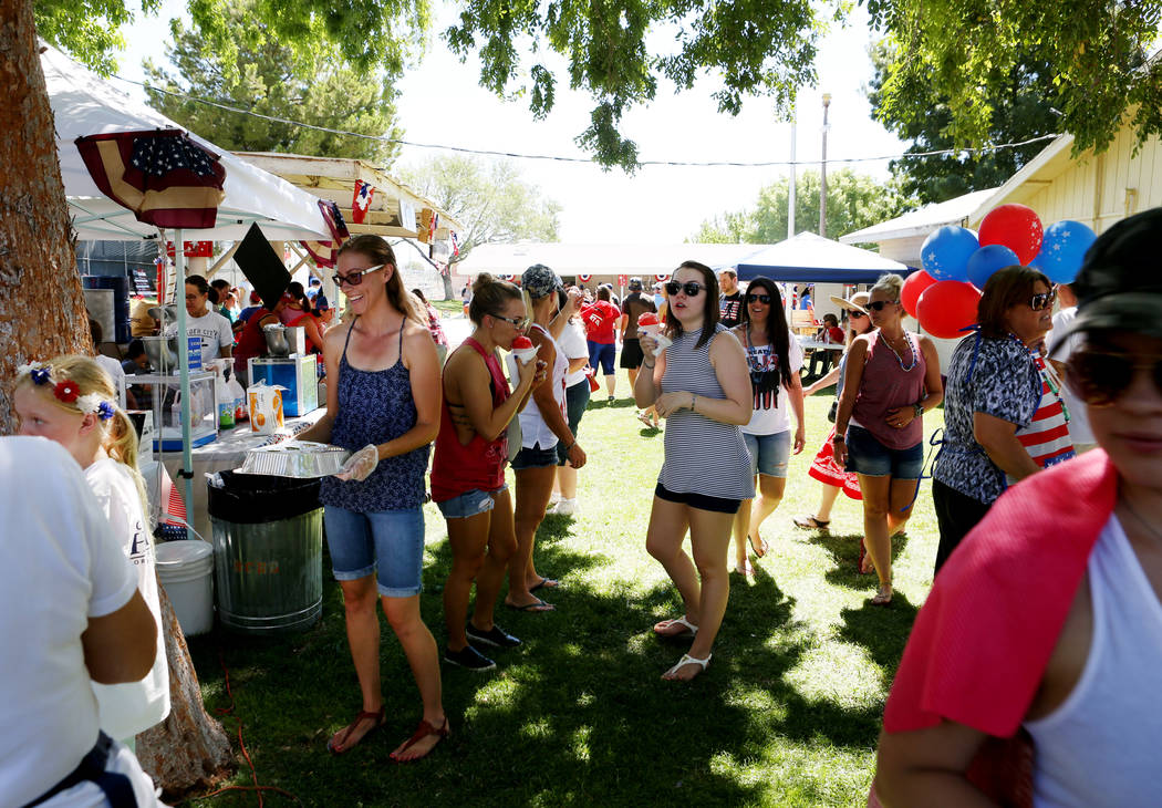 Snow cones and balloons are sold during the 69th Annual Boulder City Damboree Celebration in Boulder City, Tuesday, July, 4, 2017. Elizabeth Brumley Las Vegas Review-Journal