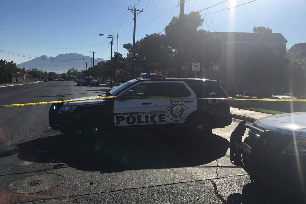 Metro police are working at the scene of a stabbing and barricade situation at an apartment complex on Boulder Highway near Nellis Boulevard in southeast Las Vegas on Wednesday, July 5, 2017. (Biz ...