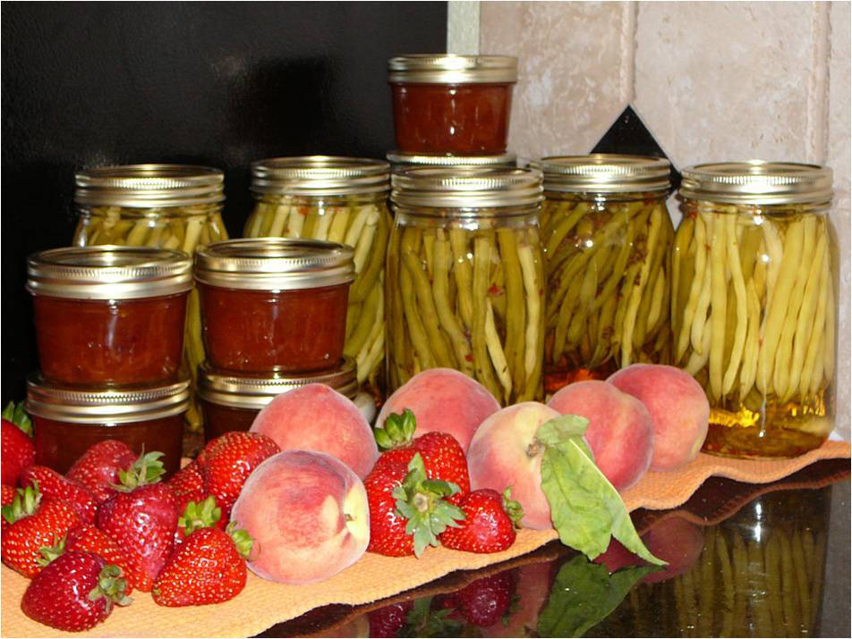 Cooperative Extension The University of Nevada Cooperative Extension is offering classes the basics of canning, drying and freezing fresh fruits and vegetables.