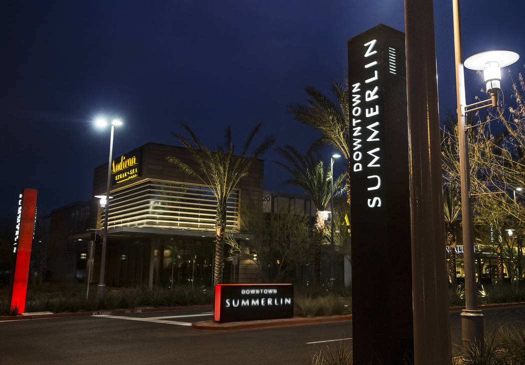 The north entrance to Downtown Summerlin shopping center on Monday, Feb. 27, 2017, in Las Vegas. (Benjamin Hager/Las Vegas Review-Journal) @benjaminhphoto