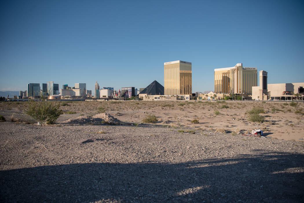 The Raiders football stadium lot, as seen facing the Las Vegas Strip on Thursday, June 22, 2017, in Las Vegas. (Morgan Lieberman/Las Vegas Review-Journal)