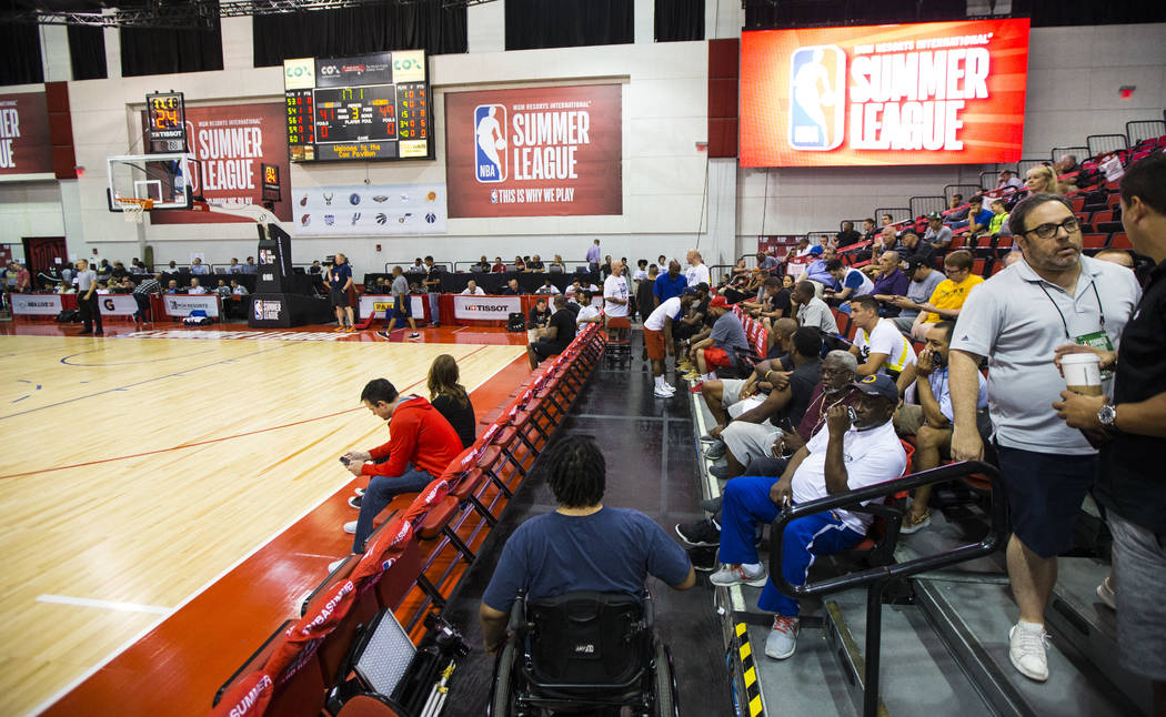 Shon Darby heads to his courtside spot during the NBA Summer League at the Cox Pavilion in Las Vegas on Wednesday, July 12, 2017. Chase Stevens Las Vegas Review-Journal @csstevensphoto