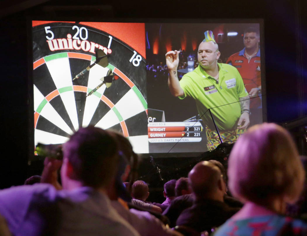 Peter Wright throws a dart during day two of PDC's U.S. Darts Masters at The Tropicana Las Vegas in  Las Vegas, Saturday, July 15, 2017. Gabriella Angotti-Jones Las Vegas Review-Journal @gabriella ...