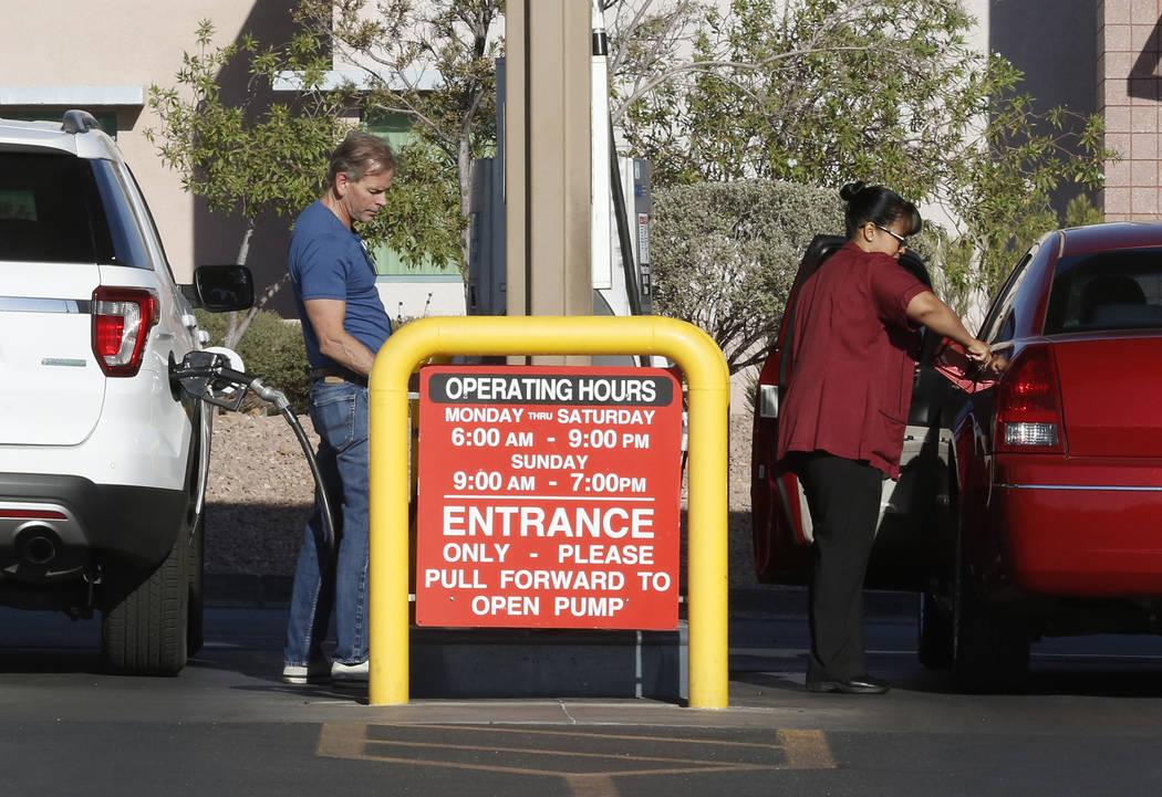 Customers at Sam's Club pump gas in Las Vegas on Friday, June 30, 2017. Bizuayehu Tesfaye Las Vegas Review-Journal @bizutesfaye