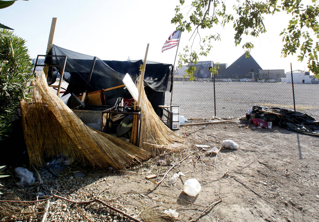A homeless encampment near the Raiders stadium project site on Hacienda Avenue on Monday, July 17, 2017, in Las Vegas. (Bizuayehu Tesfaye/Las Vegas Review-Journal) @bizutesfaye