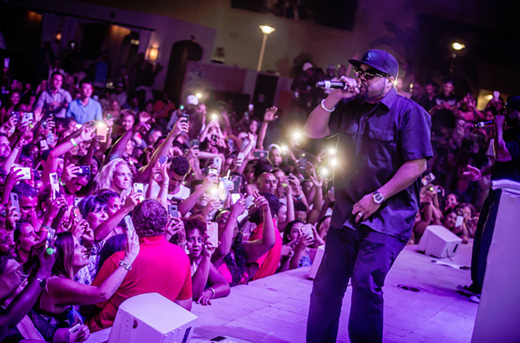 Ice Cube performs last week at Eclipse at Mandalay Bay's Daylight beach club. (Daylight)