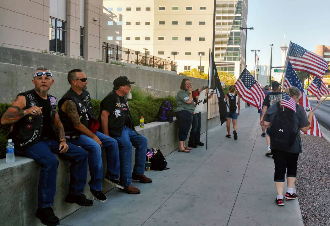 Protesters at a rally to support defendants in the Bundy standoff case at the Lloyd George U.S. Courthouse on Saturday, July 15, 2017, in Las Vegas. Morgan Lieberman Las Vegas Review-Journal