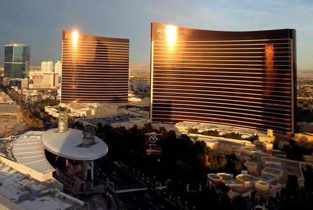 The Encore and Wynn Las Vegas. (Jeff Scheid/Las Vegas Review-Journal)