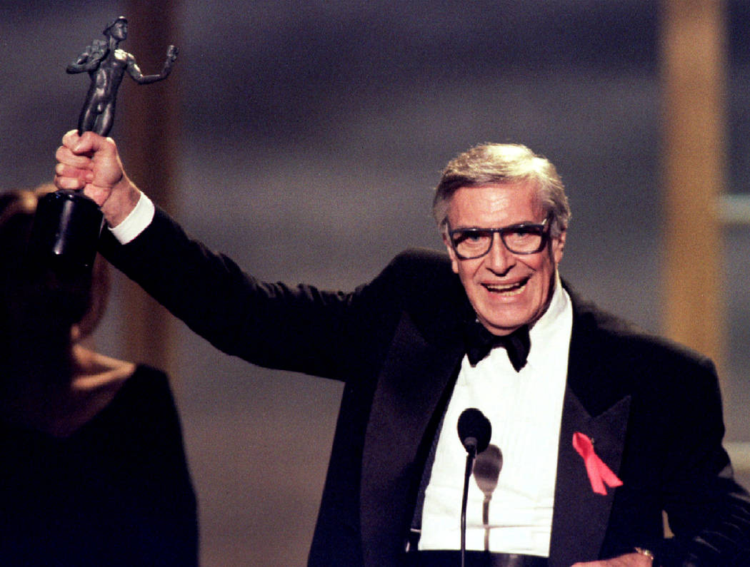 "FILE PHOTO - Actor Martin Landau holds the Screen Actors Guild Award he won for outstanding performance by a male actor in a supporting role for his role in the film ""Ed Wood"" at ..."