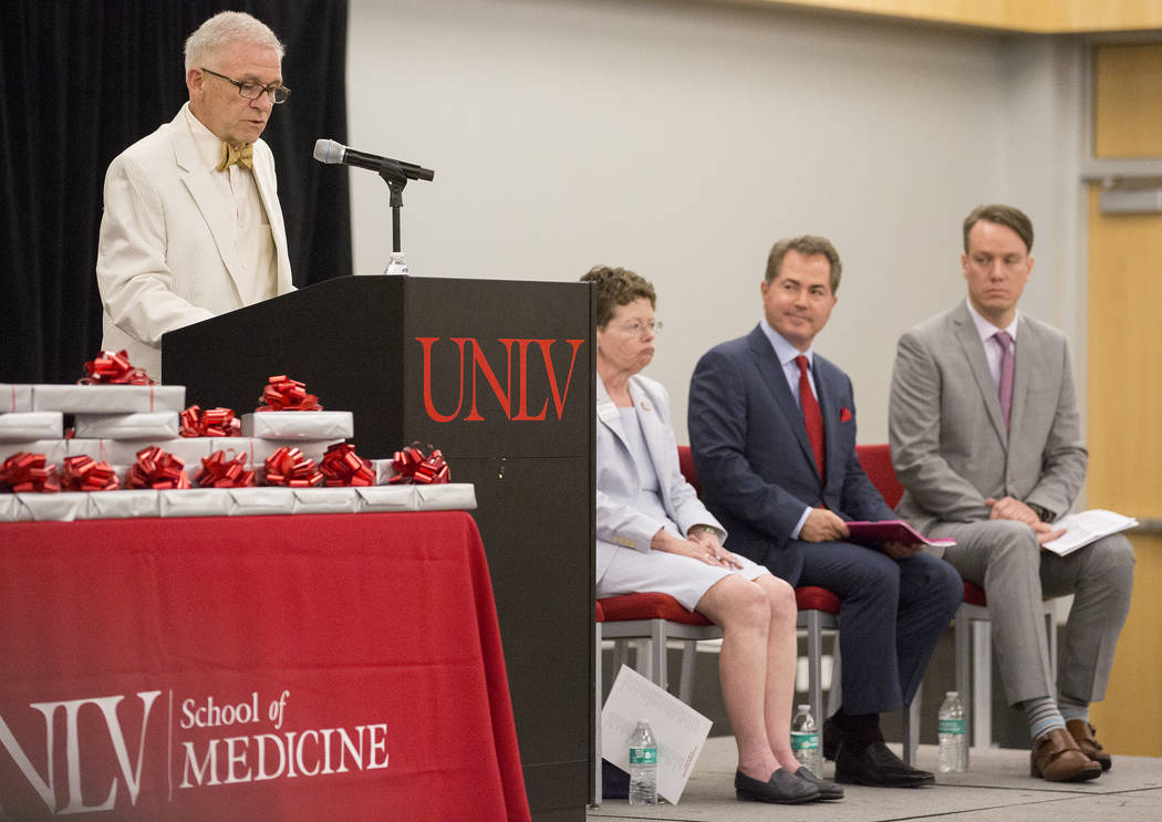Senior associate dean Dr. Parvesh Kumar speaks to UNLVճ inaugural class of medical students prior to presenting them with stethoscopes at UNLV in Las Vegas on Monday, July 17, 2017. Bridget  ...