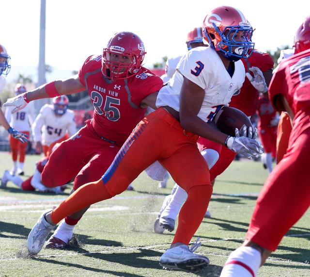 Bishop Gordan's Jalen Nailor (3), runs for a touchdown during the Sunset Region football final between Bishop Gorman and Arbor View at Arbor View High School, Saturday, Nov. 26, 2016, Las Vegas. B ...